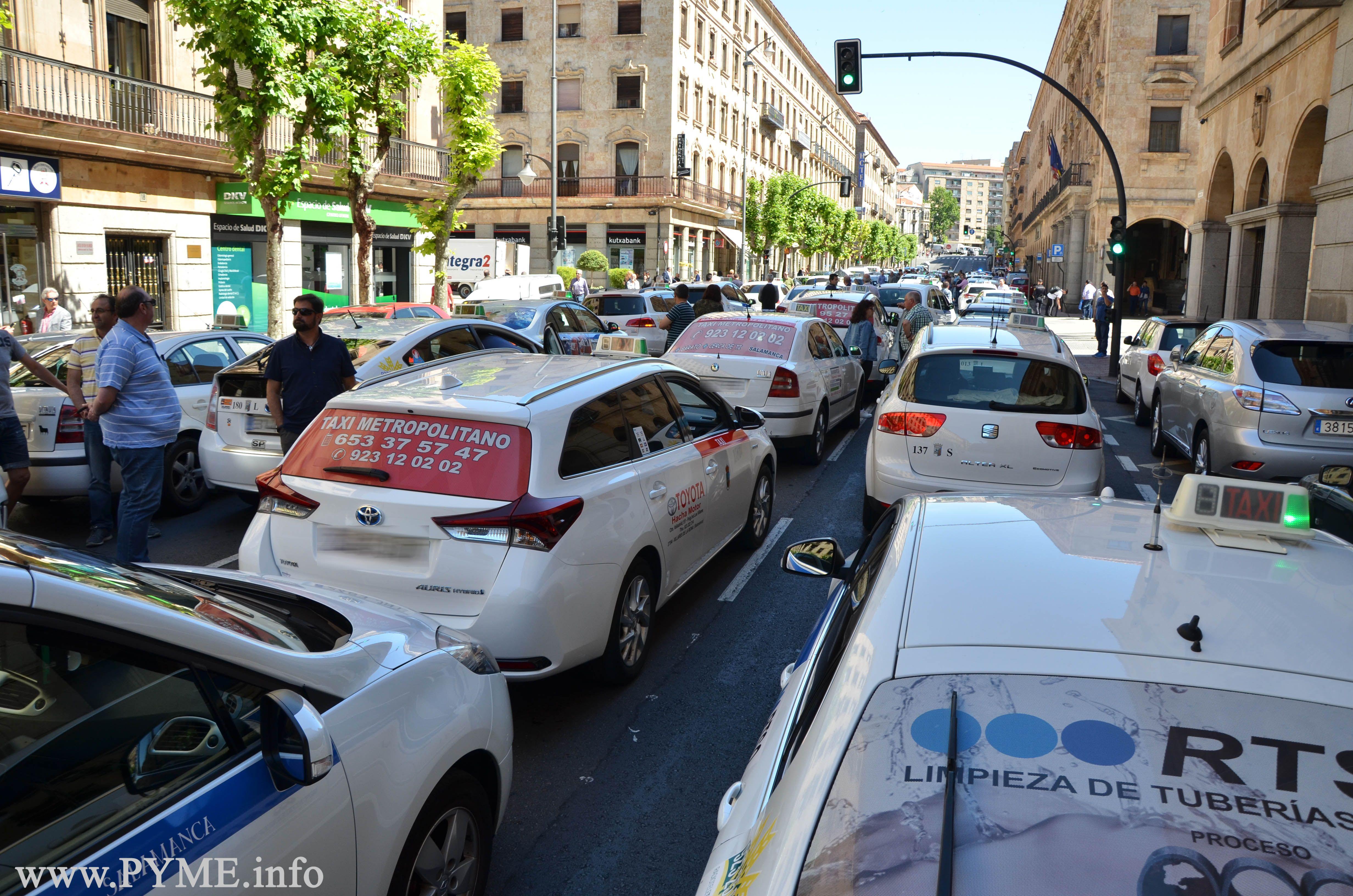 taxis_paros