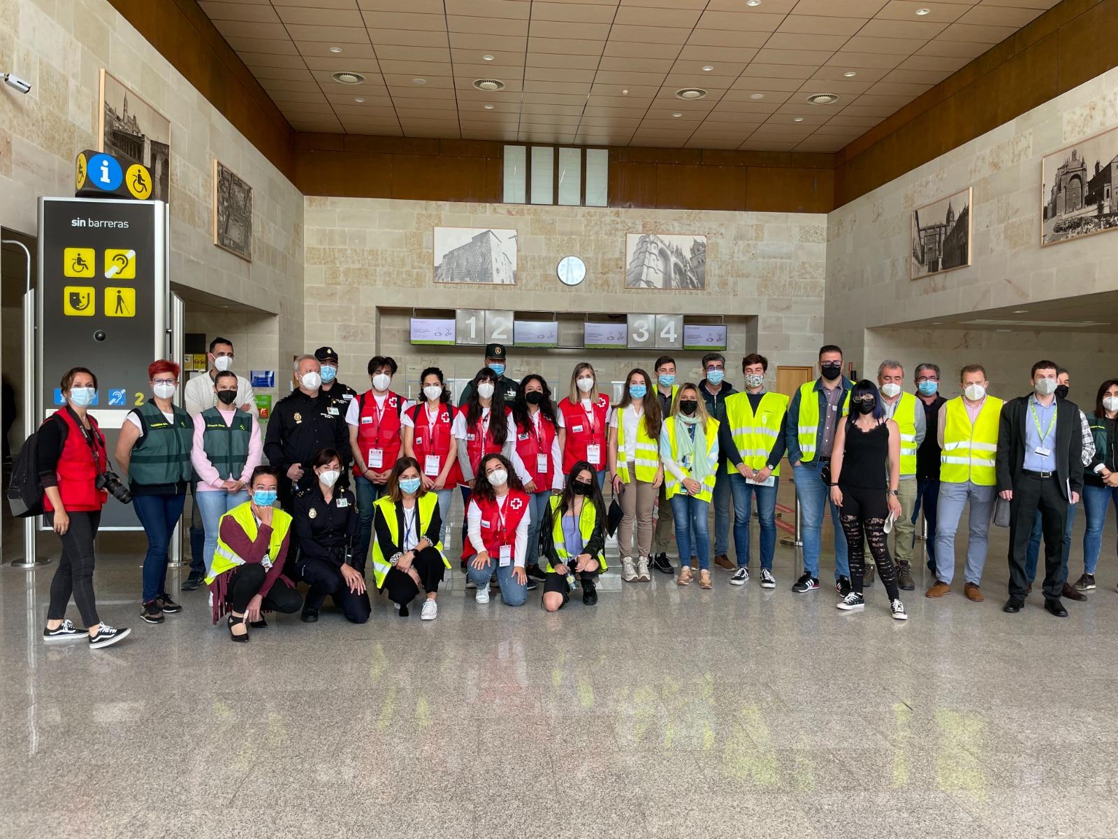 Alumnos de Adventia en el simulacro Vega21en la Base Aérea de Matacán